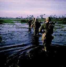 Archivní foto zbojů 5. dělostřeleckého regimentu. Foto: Larry Bly, US ARMY, 1968