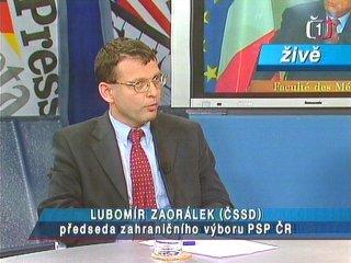 Politici vzhůru do boje omísto naslunci - tedy před kamerou (Lubomír Zaorálek, ČSSD)
